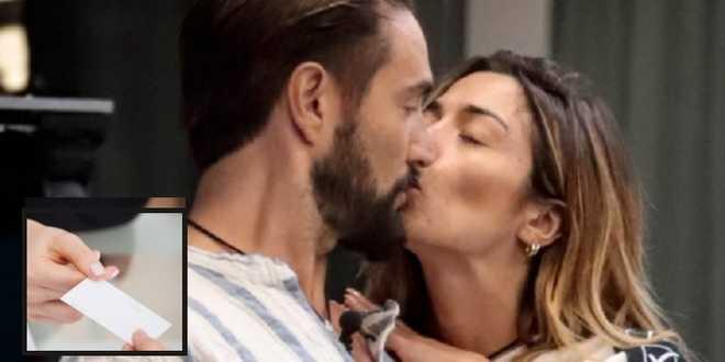 GF Vip 6, Soleil e Alex: dopo il bacio si sono scambiati un biglietto di nascosto?