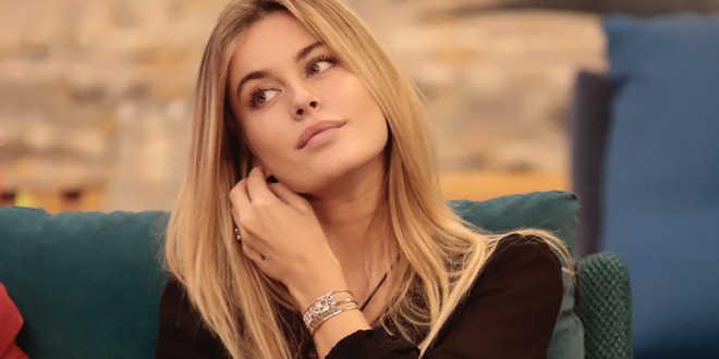 Gf Vip, Sophie Codegoni si è rifatta il seno a 19 anni: la rivelazione della modella