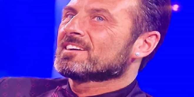 """News Uomini e Donne, Sossio Aruta infuriato: """"Ora basta, mi sono rotto i cogli***"""""""