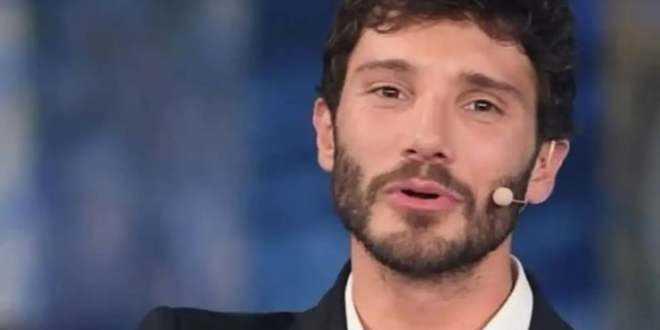 Stefano De Martino annuncia una decisione clamorosa, ma nessuno gli crede