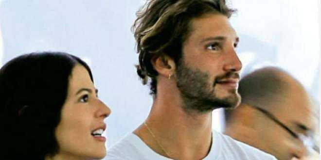 Gossip news, Stefano De Martino è tornato con l'ex fidanzata: notte di passione per la coppia