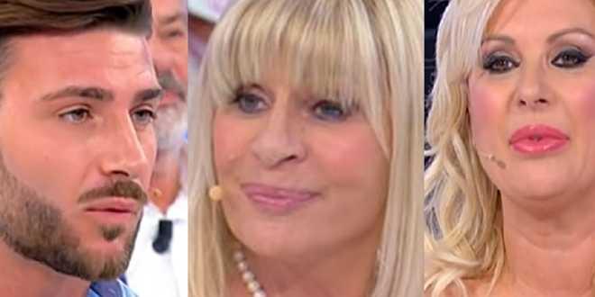 """Uomini e Donne gossip, Tina Cipollari contro Gemma Galgani sul lifting: """"Lo ha fatto per i giovani"""""""
