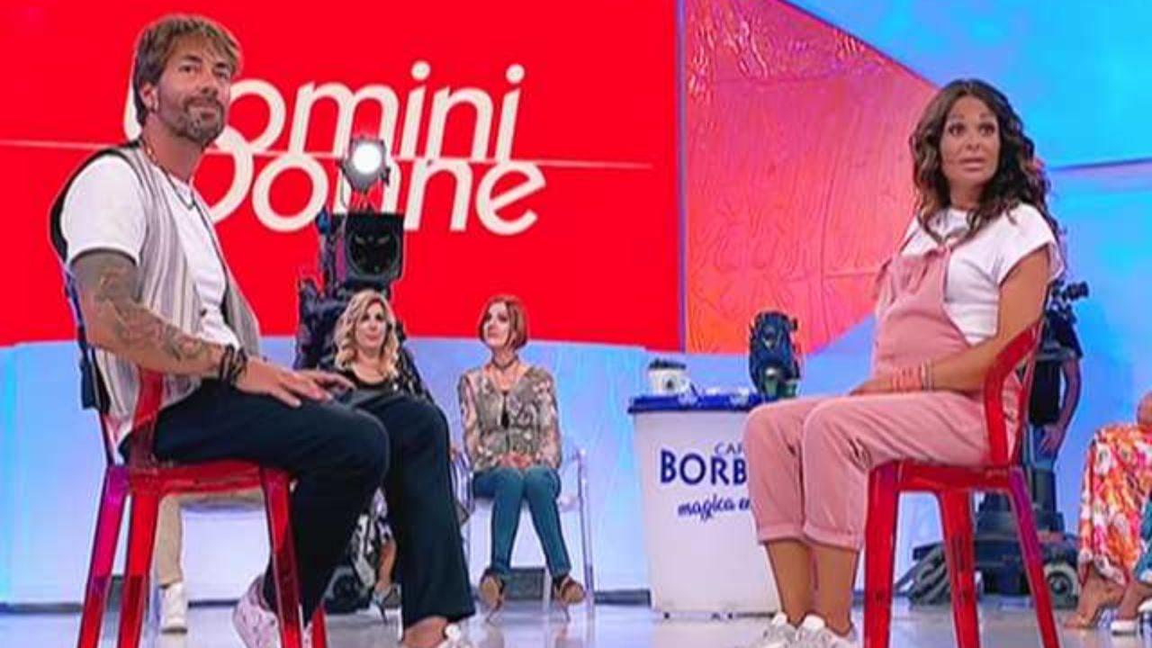 Uomini e Donne, news trono over: Jara Gaspari e Nicola Balestra sono diventati genitori!