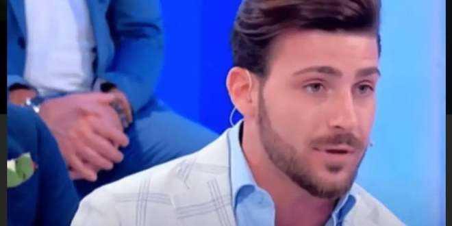 """Un'ex tronista di Uomini e Donne spara a zero su Nicola Vivarelli: """"È molto scaltro"""""""