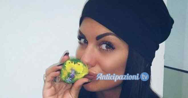 Uomini e Donne gossip: Alessia Castellani alza la temperatura in puntata