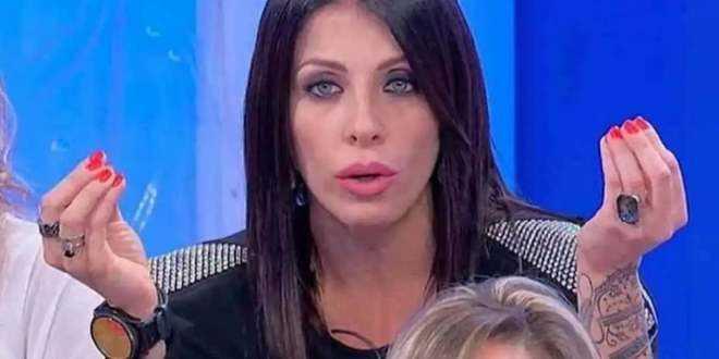 Uomini e Donne gossip, Valentina Autiero mandata nuovamente via da Maria De Filippi