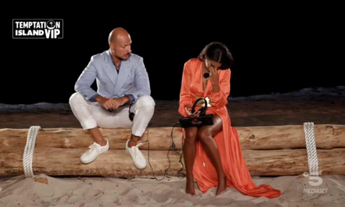 Temptation Island Vip 2, Gabriele Pippo lascia Silvia ma poi ci ripensa: stanno ancora insieme?